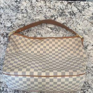 Louis Vuitton Purse (Graceful)